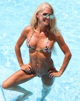Sarah Micro Gigi Venice Beach Ultra Nano Bikini